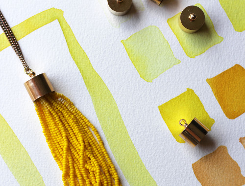 diy-yellow-tassel-necklace-3