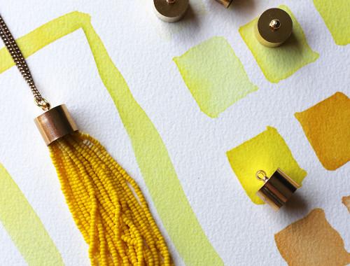 diy-yellow-tassel-necklace-3
