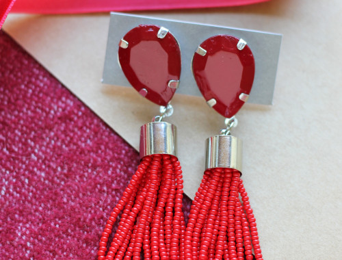 beaded-tassel-earrings-diy-2