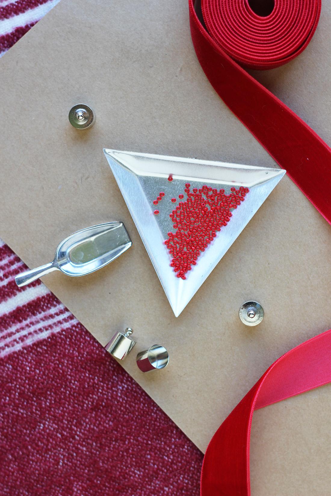 beaded-tassel-earrings-diy-6