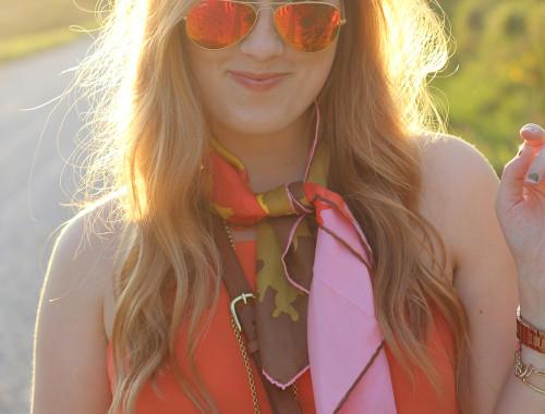 three-ways-to-tie-a-silk-scarf-5