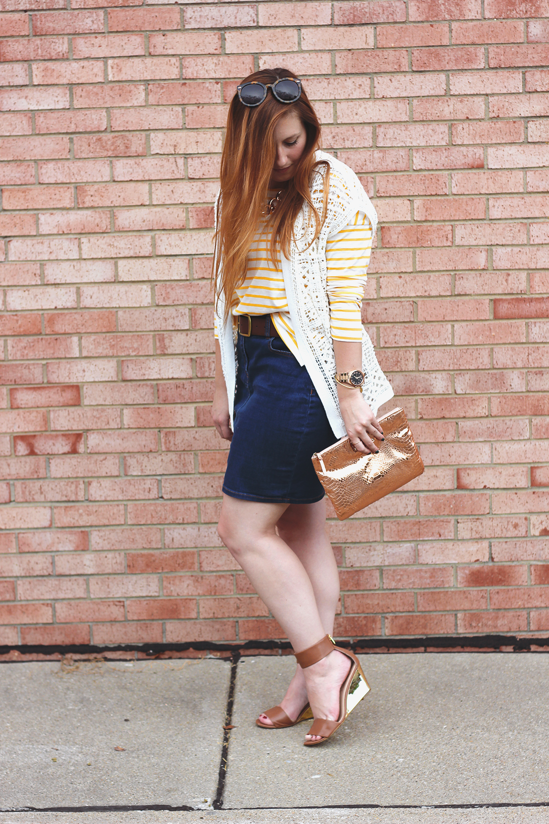 yellow-striped-shirt-denim-skirt-9