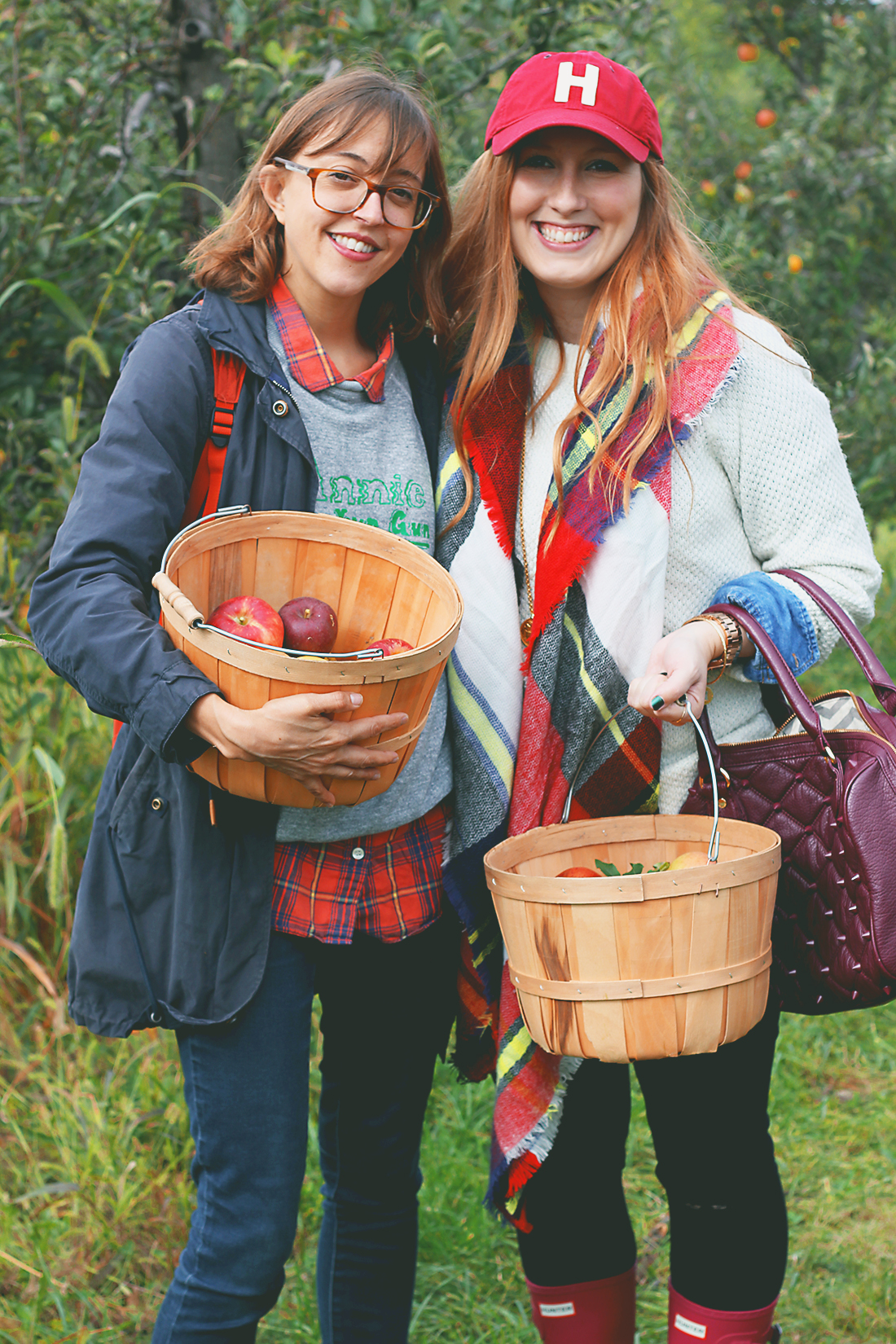 apple-picking-how-to-style-hunter-boots-4