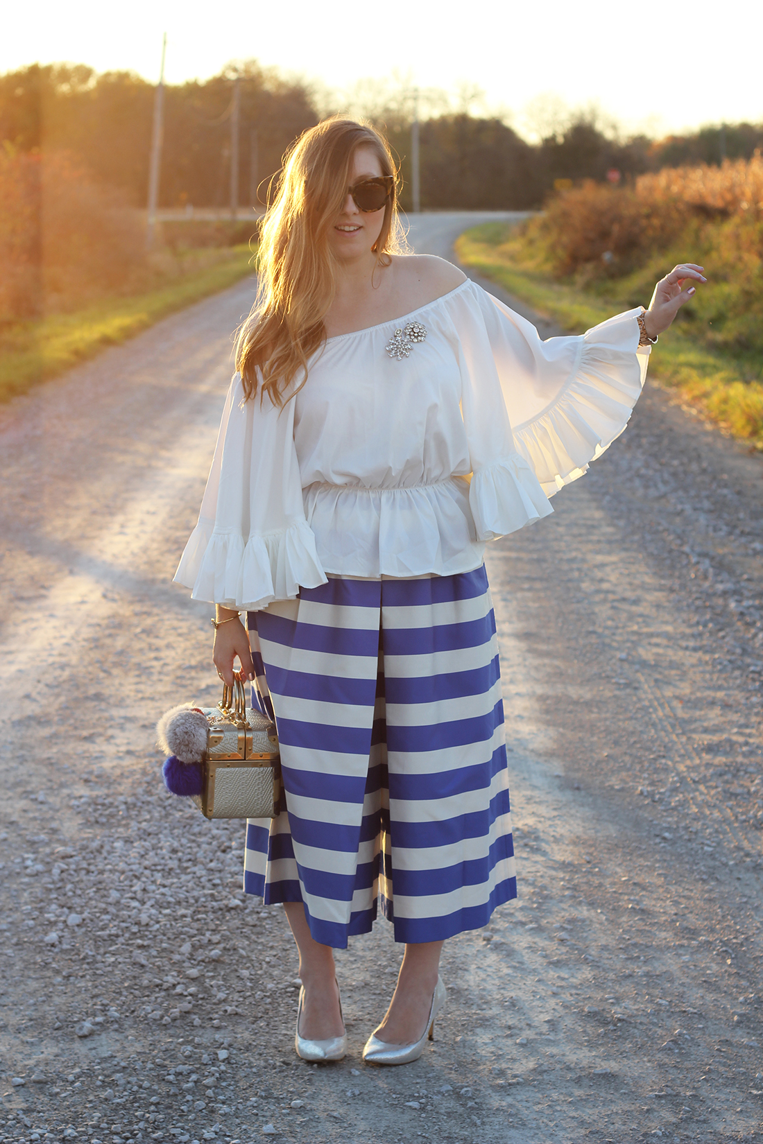 blue-striped-gaucho-pants-ruffled-off-the-shoulder-top-4