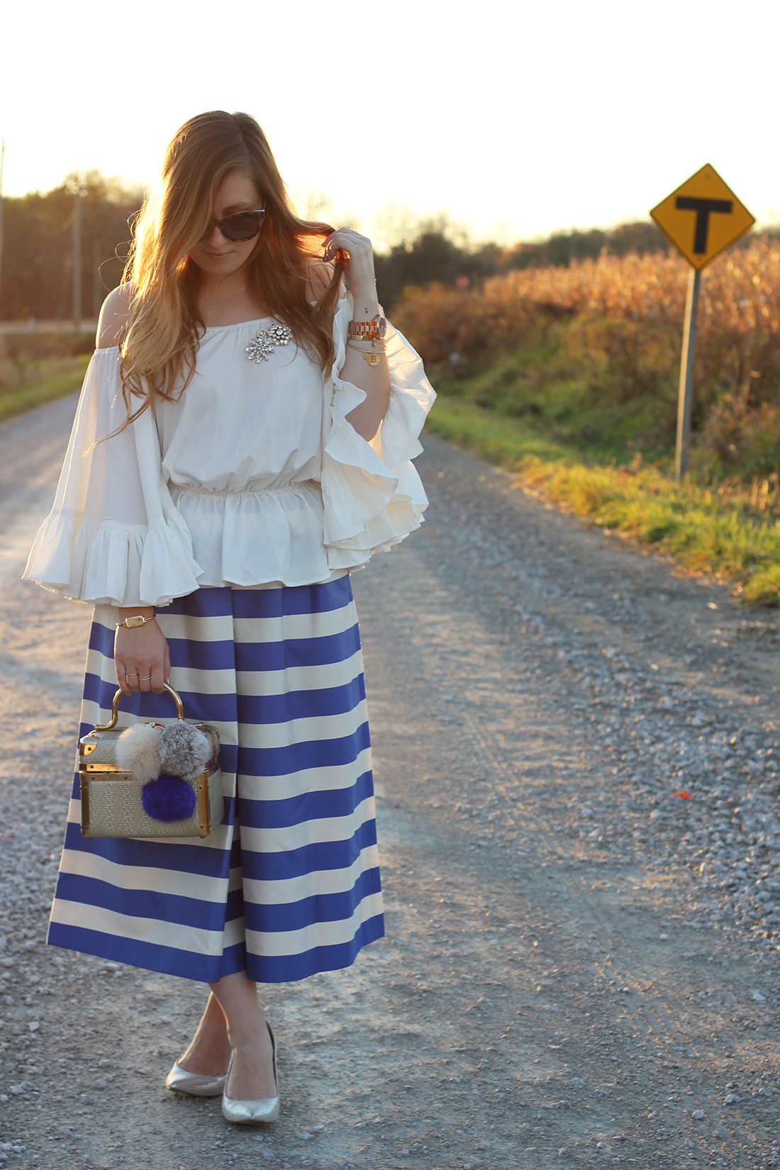 blue-striped-gaucho-pants-ruffled-off-the-shoulder-top-5