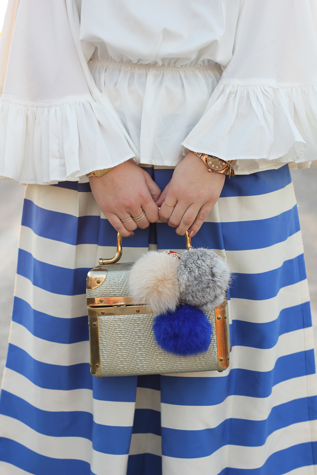 blue-striped-gaucho-pants-ruffled-off-the-shoulder-top-7