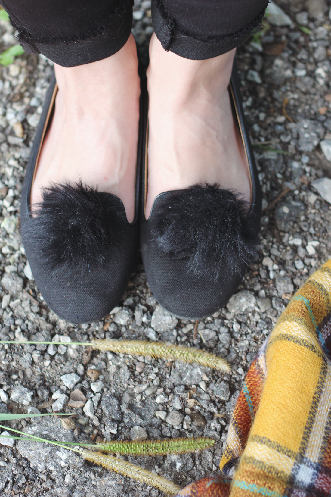 diy-pouf-loafers-1