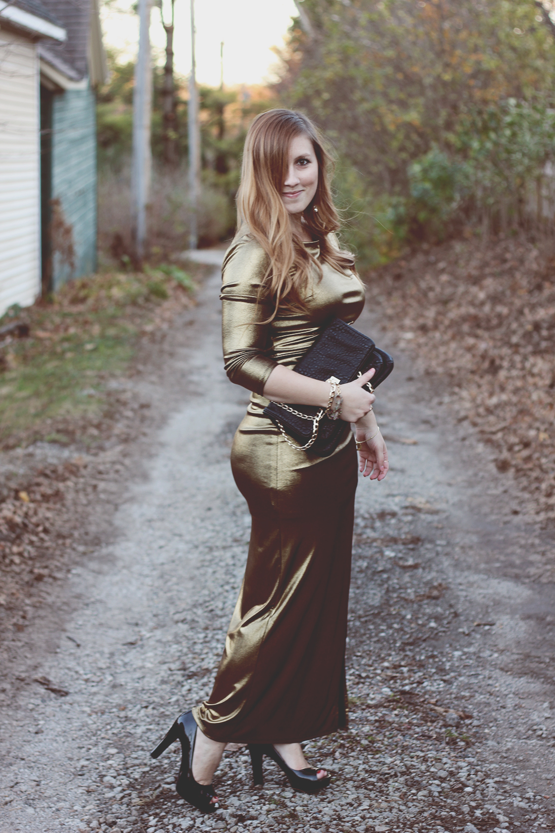 gold-maxi-dress-movie-premier-holiday-outfit-3