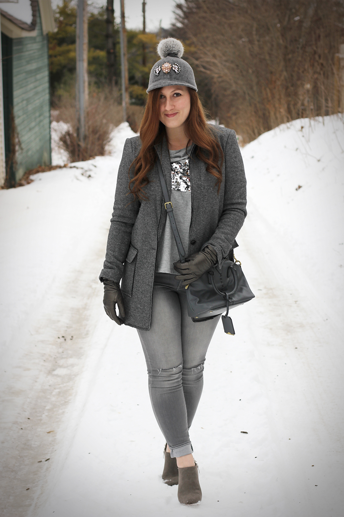 gray-outfit-diy-pompom-baseball-hat-1