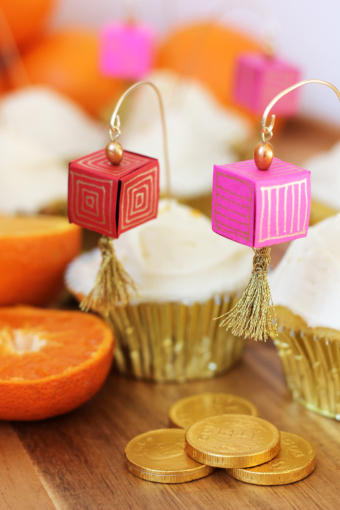 chinese-new-year-paper-lantern-cupcake-topper-4
