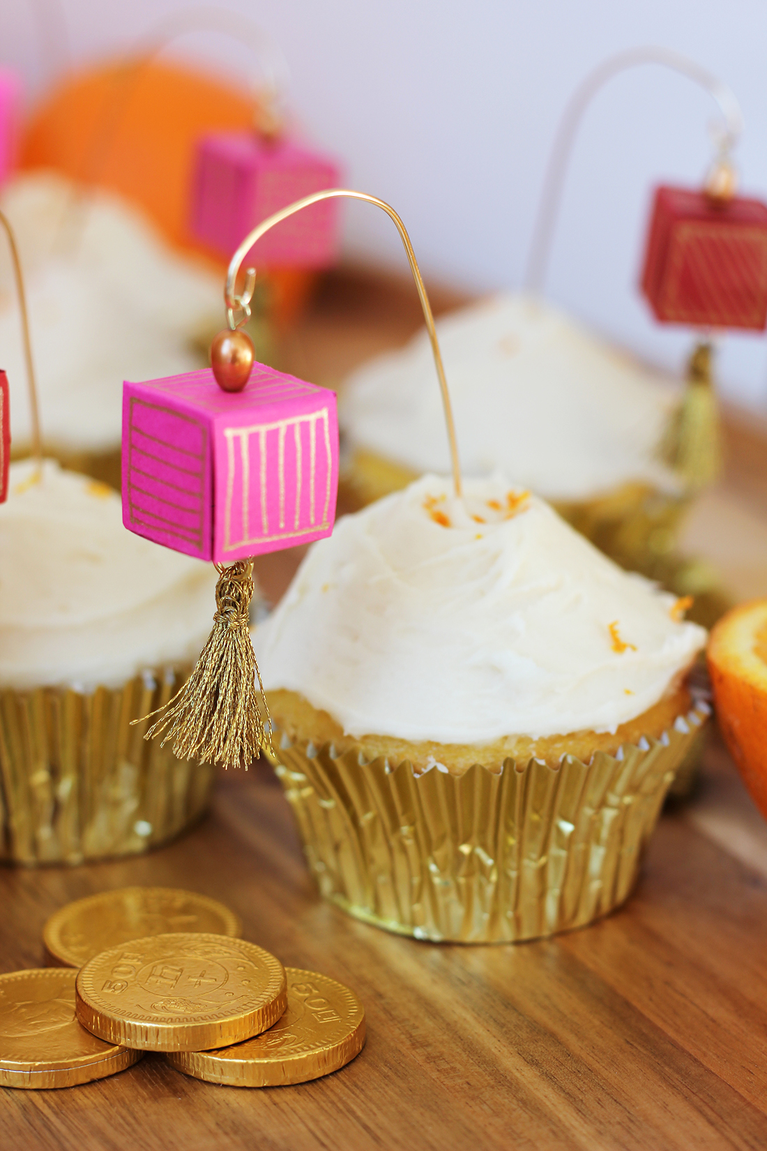 chinese-new-year-paper-lantern-cupcake-topper-5