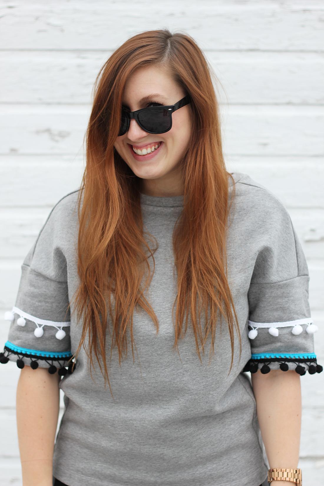 diy-pom-pom-sweatshirt-4