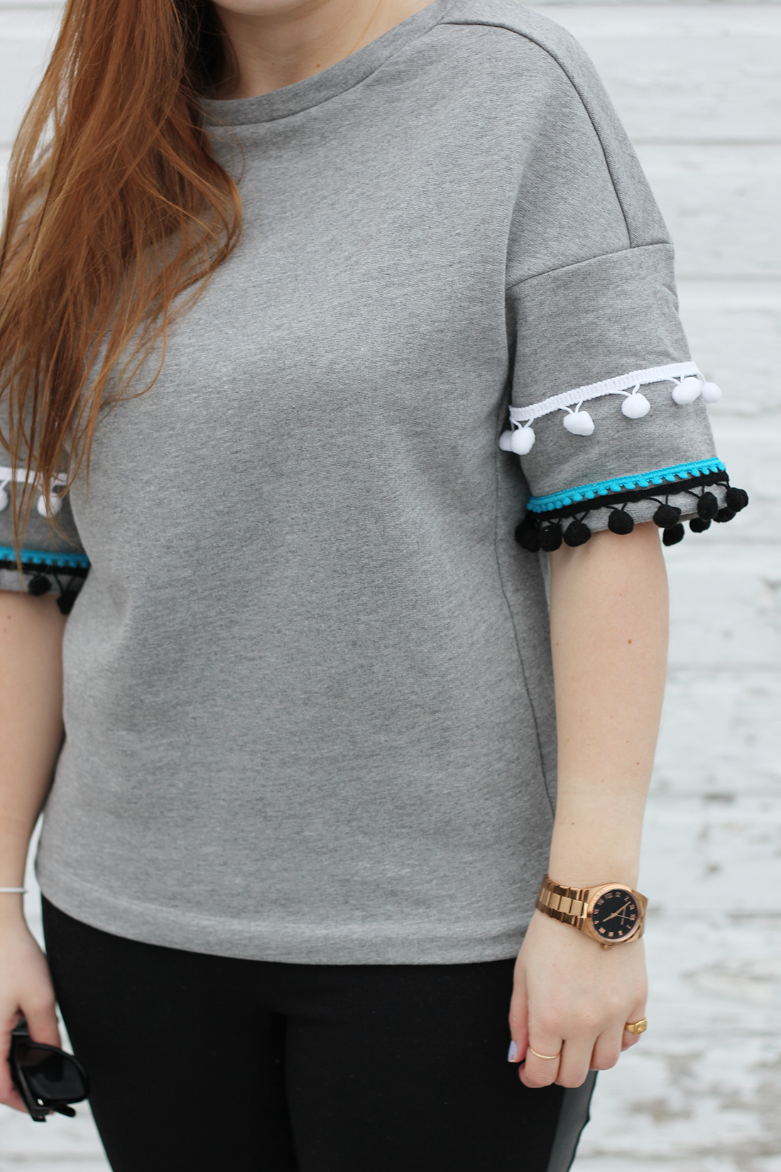 diy-pom-pom-sweatshirt-5