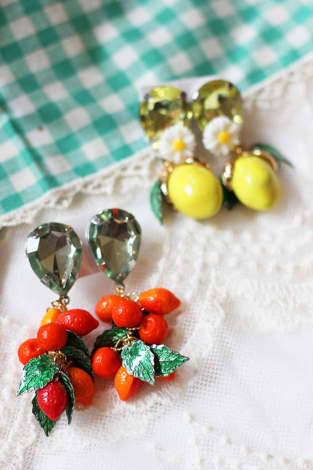 dolce-and-gabbana-lemon-earrings-diy-14