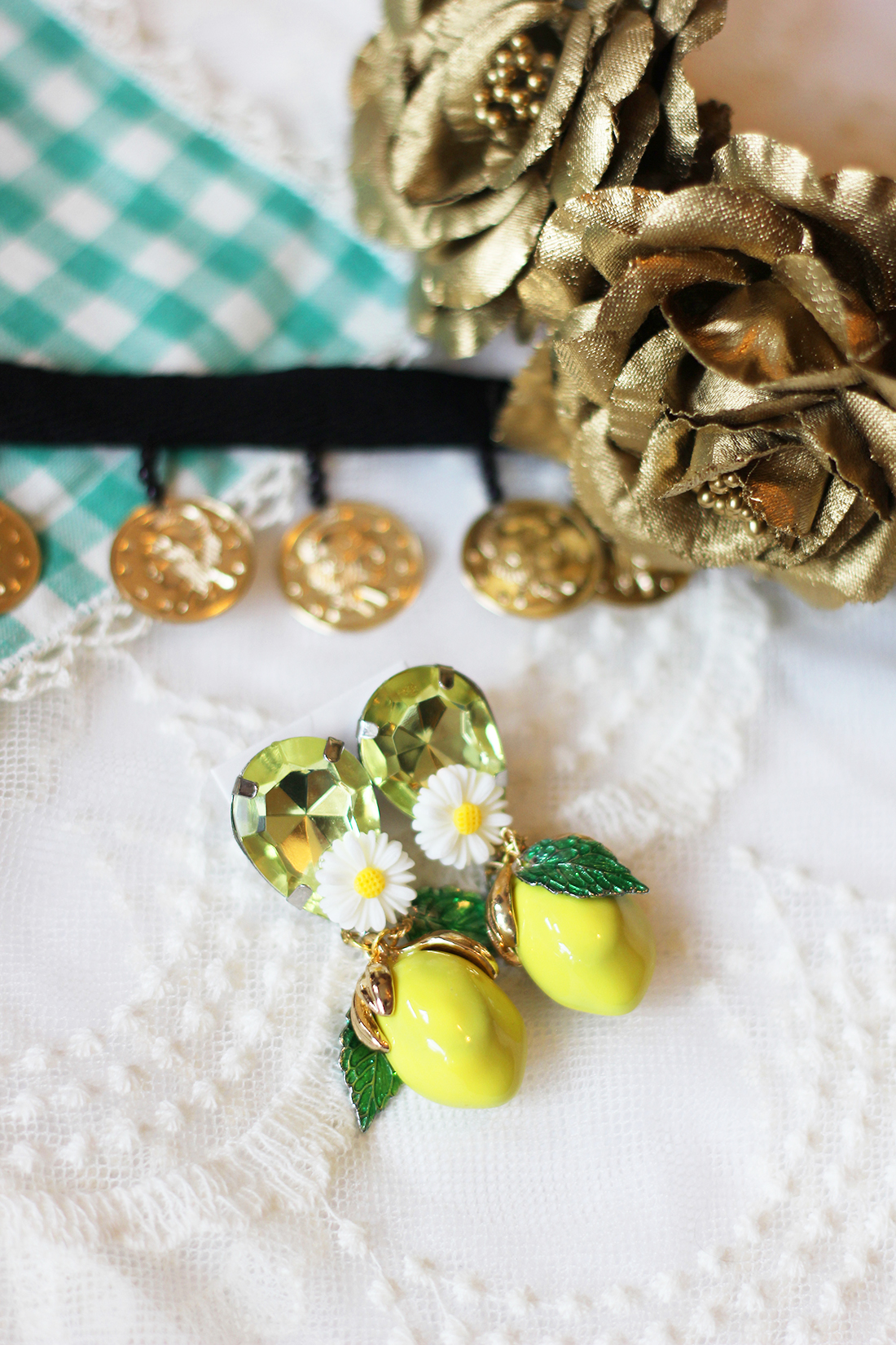 dolce-and-gabbana-lemon-earrings-diy-8