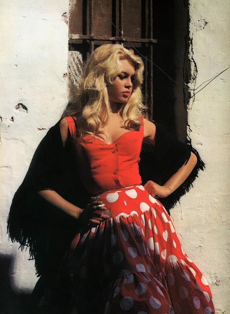 trend-flamenco-polka-dots-24