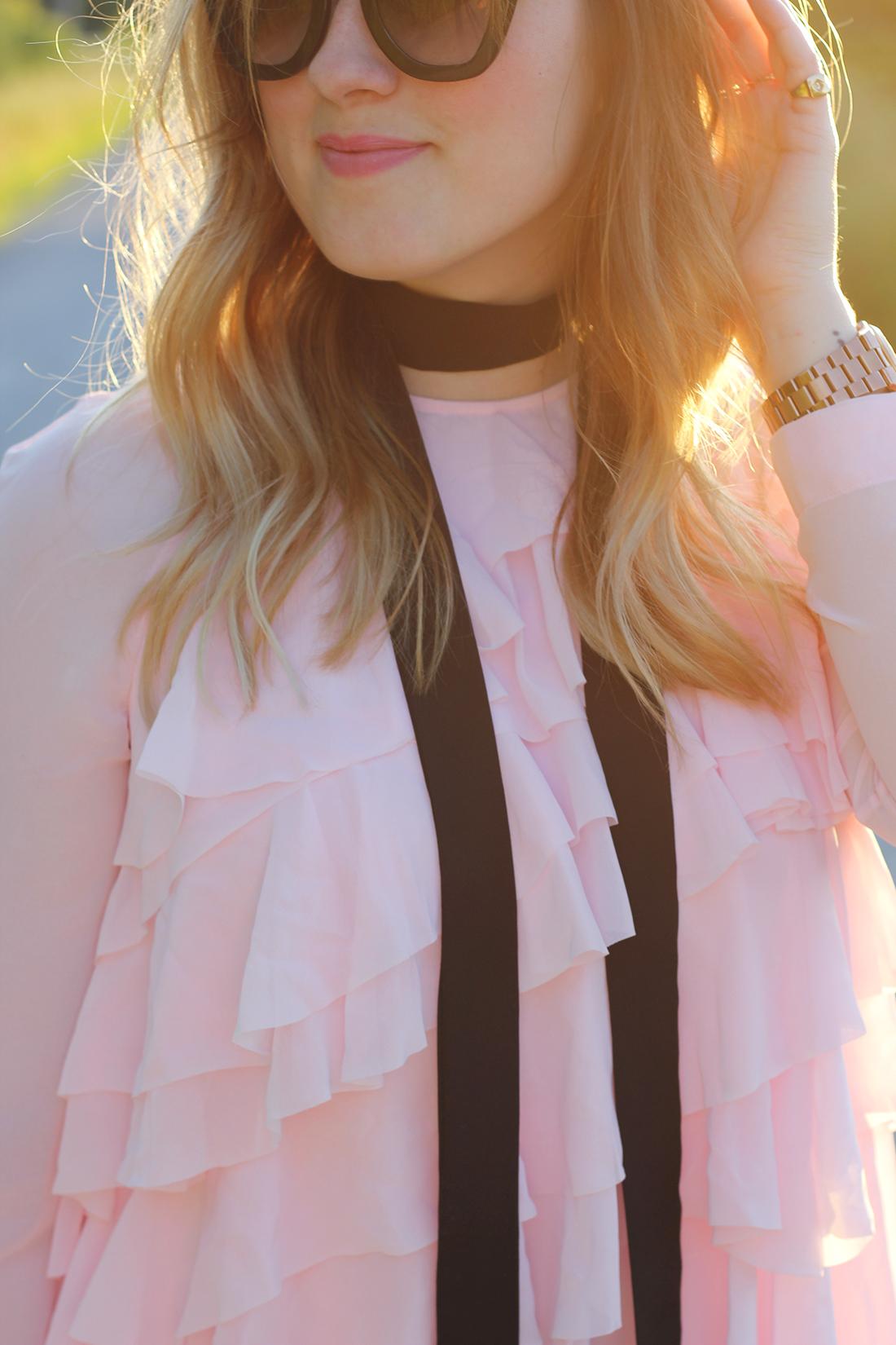 pink-ruffle-dress-skinny-scarf-5