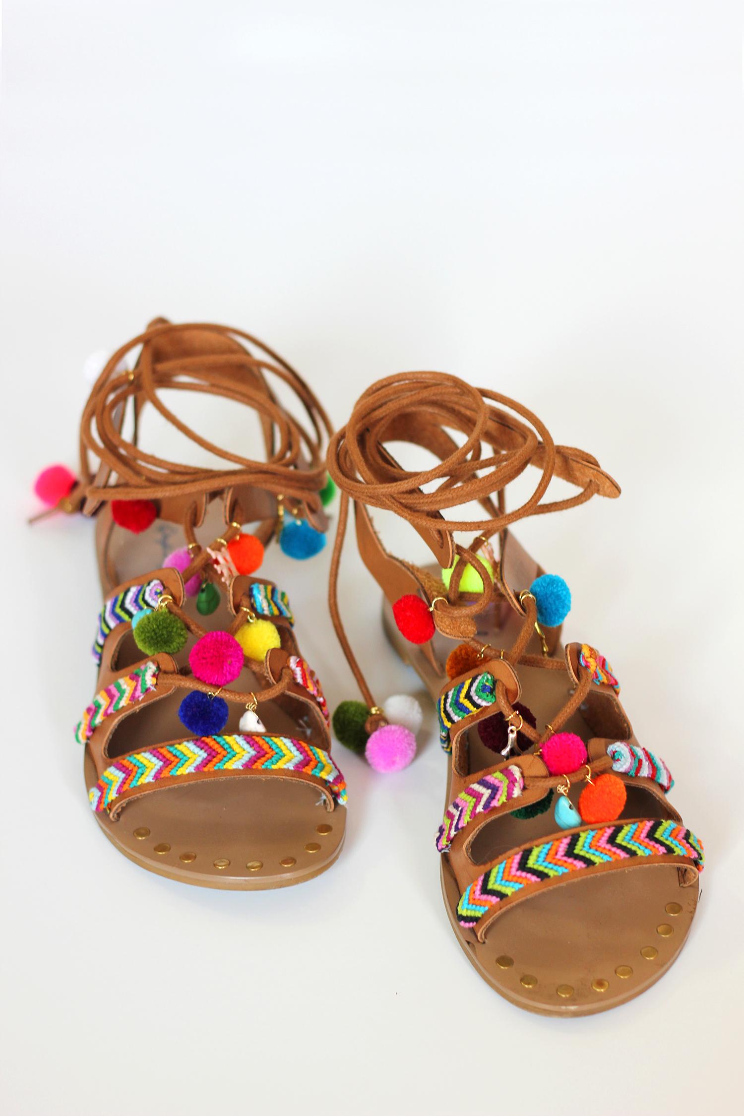 diy-pom-pom-sandals-12