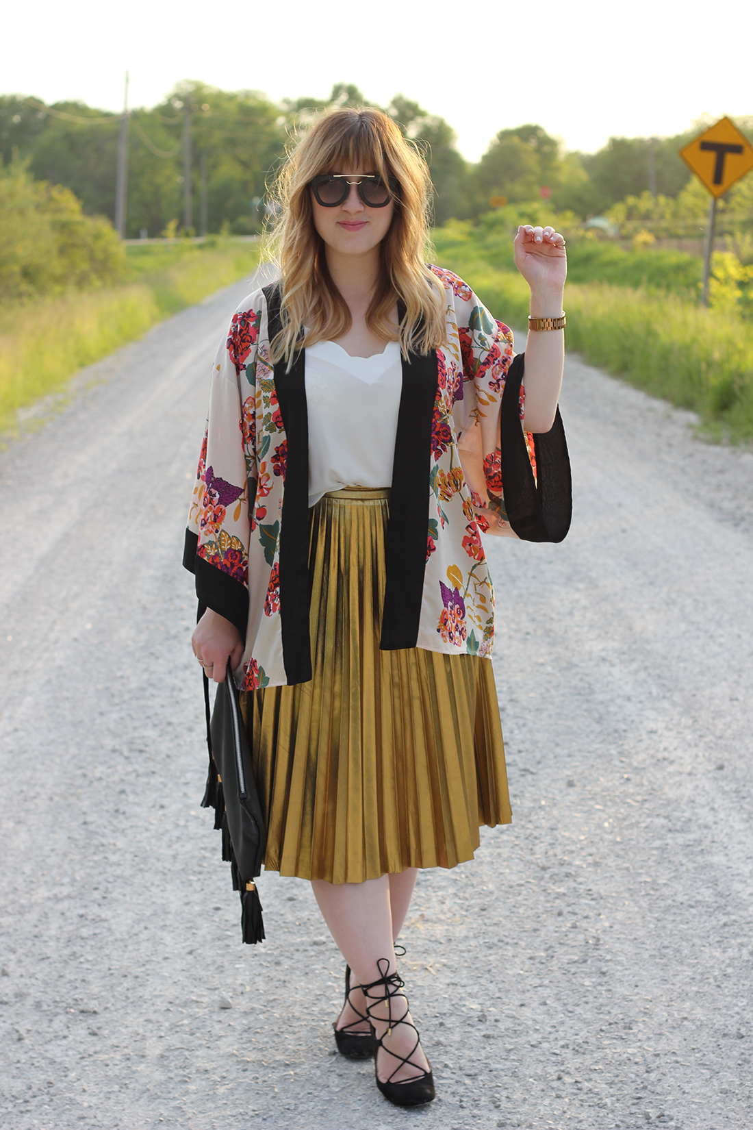 floral-kimono-gold-pleated-skirt-3