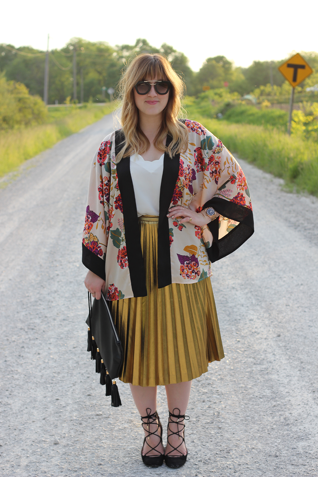 floral-kimono-gold-pleated-skirt-4