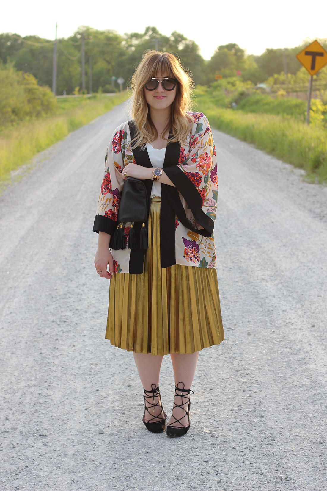 floral-kimono-gold-pleated-skirt-6