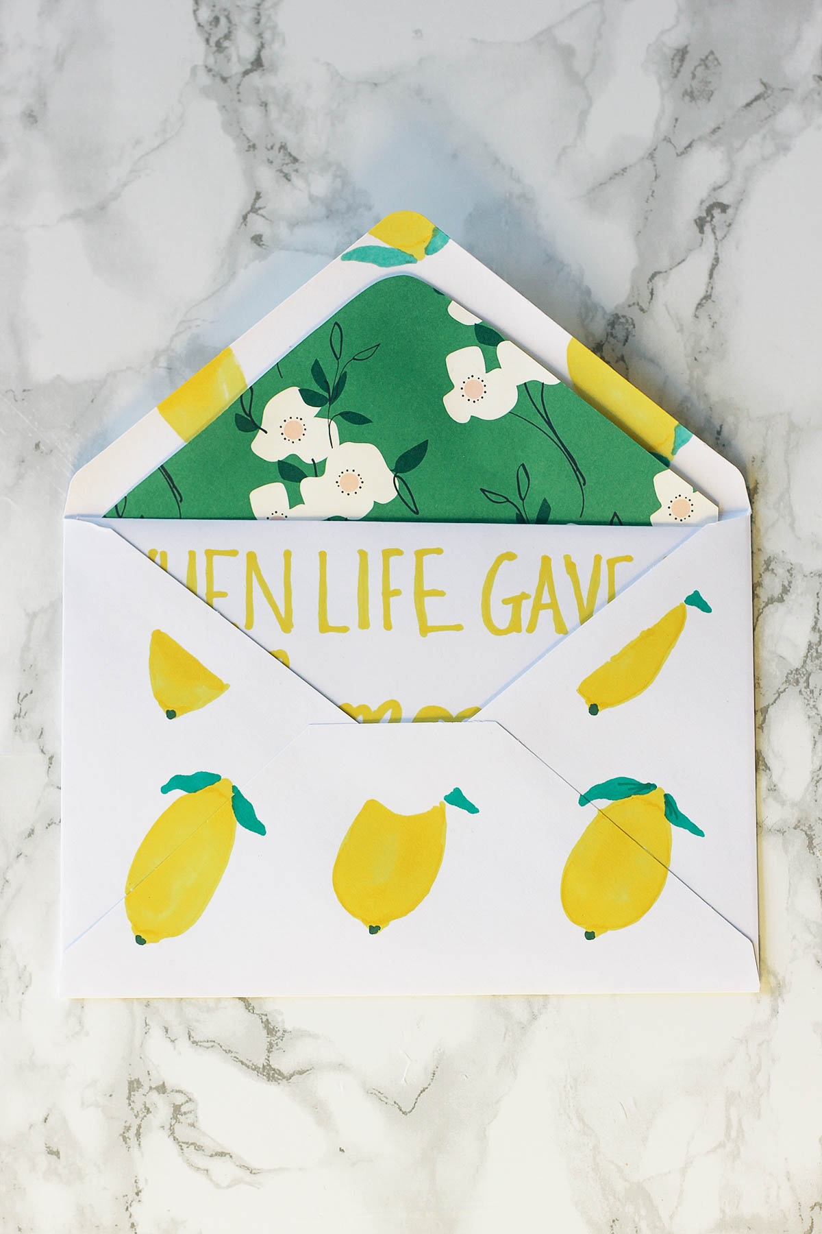 Treat your mother with this pretty, handmade card—perfect for last-minute gift giving!