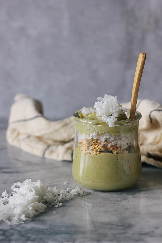 This vegan pudding is made with pistachio milk and vanilla bean. Simple and delicious dessert! Get the recipe at HomemadeBanana.com #recipe #vegan #pudding